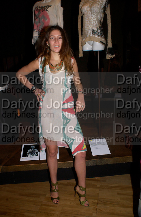 Stella Schnabel, Opening of Vivienne Weatwood exhibition. V. & A. 30 March 2004. ONE TIME USE ONLY - DO NOT ARCHIVE  © Copyright Photograph by Dafydd Jones 66 Stockwell Park Rd. London SW9 0DA Tel 020 7733 0108 www.dafjones.com