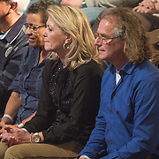 NLD/Amsterdam/20131129 - The Voice of Holland 2013, 3de show, ouders Jill Helena
