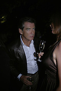 PIERCE BROSNAN, The Summer Party in association with Swarovski. Co-Chairs: Zaha Hadid and Dennis Hopper, Serpentine Gallery. London. 11 July 2007. <br /> -DO NOT ARCHIVE-© Copyright Photograph by Dafydd Jones. 248 Clapham Rd. London SW9 0PZ. Tel 0207 820 0771. www.dafjones.com.