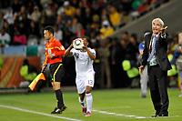 FOOTBALL - FIFA WORLD CUP 2010 - GROUP STAGE - GROUP A - URUGUAY v FRANCE - 11/06/2010 - PHOTO GUY JEFFROY / DPPI - RAYMOND DOMENECH (FRANCE COACH)