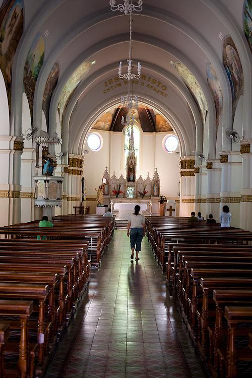 Itauna_MG, Brasil...Interior da Igreja Matriz de Santana in Itauna...Inside of Santana church in Itauna...Foto: LEO DRUMOND / NITRO