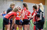 HEILOO - Schaerweijde  tijdens de competitiewedstrijd zaalhockey tussen de vrouwen van  Terriers en Schaerweijde .  COPYRIGHT KOEN SUYK