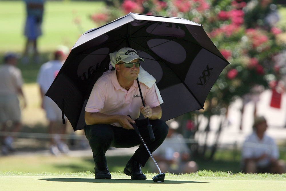 10 August 2007: Niclas Fasth keeps cool on the 17th green during the second round of the 89th PGA Championship at Southern Hills Country Club in Tulsa, OK.
