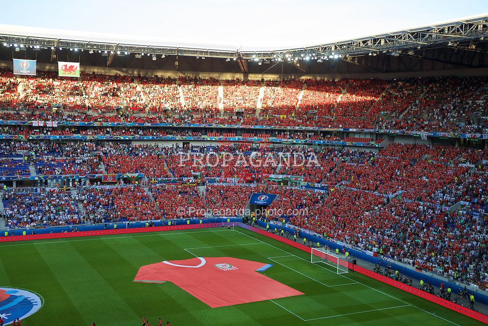 LYON, FRANCE - Wednesday, July 6, 2016: A giant Wales shirt on the pitch ahead of the UEFA Euro 2016 Championship Semi-Final match against Portugal at the Stade de Lyon. (Pic by Paul Greenwood/Propaganda)