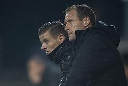 Cheftræner Morten Eskesen (FC Helsingør) og assistenttræner Mikkel Thygesen under kampen i 1. Division mellem Fremad Amager og FC Helsingør den 21. oktober 2020 i Sundby Idrætspark (Foto: Claus Birch).