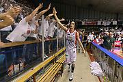 DESCRIZIONE : Reggio Emilia Lega A 2014-15 Grissin Bon Reggio Emilia - Banco di Sardegna Dinamo Sassari playoff Finale gara 5 <br /> GIOCATORE : Amedeo Della Valle<br /> CATEGORIA : esultanza postgame<br /> SQUADRA : Grissin Bon Reggio Emilia<br /> EVENTO : LegaBasket Serie A Beko 2014/2015<br /> GARA : Grissin Bon Reggio Emilia - Banco di Sardegna Dinamo Sassari playoff Finale gara 5<br /> DATA : 22/06/2015 <br /> SPORT : Pallacanestro <br /> AUTORE : Agenzia Ciamillo-Castoria/GiulioCiamillo<br /> Galleria : Lega Basket A 2014-2015 Fotonotizia : Reggio Emilia Lega A 2014-15 Grissin Bon Reggio Emilia - Banco di Sardegna Dinamo Sassari playoff Finale  gara 5<br /> Predefinita :