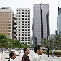 Abu Dhabi, United Arab Emirates 03 April 2009.General view in downtown Abu Dhabi..PHOTO: EZEQUIEL SCAGNETTI