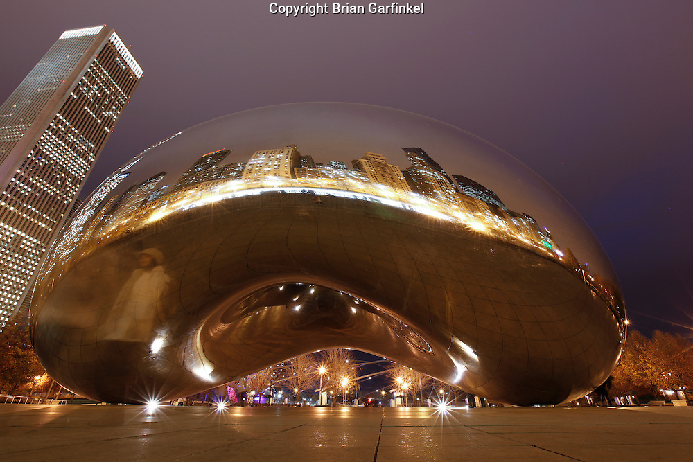 Cloud Gate on the AT&T Plaza in Millennium Park at Night in Chicago, Illinois.
