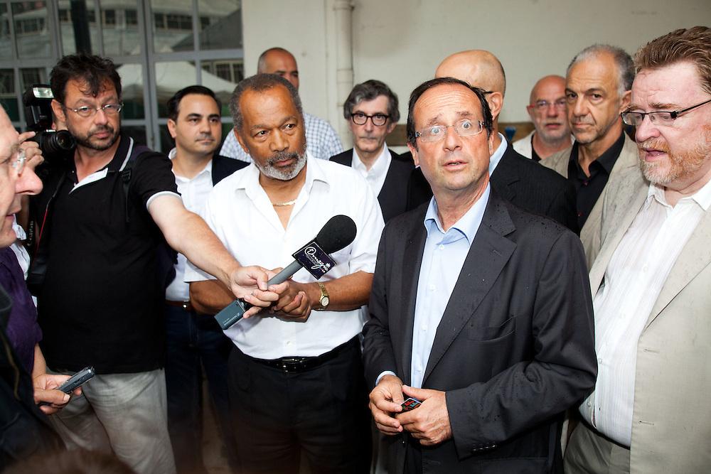 FRANCOIS HOLLANDE  et GREG GERMAIN en Avignon pour le festival 2011
