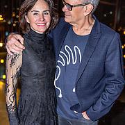 NLD/Amsterdam/20161120 - NPO Radio Ouvre Award 2016, Rob de Nijs en partner Henriette Koetschruiter
