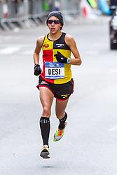 NYC Marathon, Desi Linden, mile 16