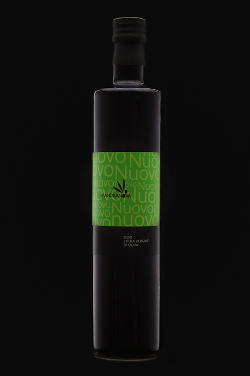 One of my favorite lighting set ups to shoot bottles on a black background. This is Mandranova's Olive Oil Blend from their 2015 harvest