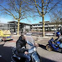 Nederland, Landsmeer , 20 maart 2012..De Dorpstraat in Landsmeer met op de achtergrond het Gemeentehuis..Foto:Jean-Pierre Jans