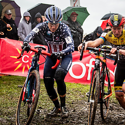 11-11-2019: Cycling Jaarmarktcross Niel: Katie Compton pictured in a close battle with Kim van der Steene