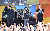 Blink 182 Performs On ABC