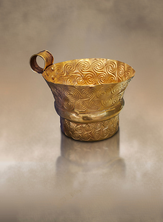 Mycenaean gold cup with spiral decorations, Grave V, Grave Circle A,  Mycenae, Greece. National Archaeological Museum of Athens. <br /> <br /> An elegant precious gold cup hammered from thick gold to created a simple elegant design. This Mycenaean gold cup demonstrates how advance Mycenaean metalworking was in the 16th century BC. The value of the cup would have been extermely high so must have graced the table of a Mycenaean noble perhaps even a v king. .<br /> <br /> If you prefer to buy from our ALAMY PHOTO LIBRARY  Collection visit : https://www.alamy.com/portfolio/paul-williams-funkystock/mycenaean-art-artefacts.html . Type -   Athens    - into the LOWER SEARCH WITHIN GALLERY box. Refine search by adding background colour, place, museum etc<br /> <br /> Visit our MYCENAEN ART PHOTO COLLECTIONS for more photos to download  as wall art prints https://funkystock.photoshelter.com/gallery-collection/Pictures-Images-of-Ancient-Mycenaean-Art-Artefacts-Archaeology-Sites/C0000xRC5WLQcbhQ