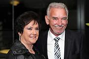Urs Kliby mit Ehefrau Ruth anlässlich des Prix Walo 2018.