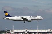 D-AIQA Lufthansa Airbus A320-211 at Malpensa (MXP / LIMC), Milan, Italy