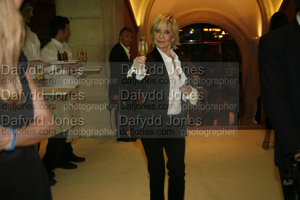 Lulu, Burberry celebrates the opening of the Hockney exhibition and their 150th anniversary with a party at the National Portrait Gallery. 11 October 2006. -DO NOT ARCHIVE-© Copyright Photograph by Dafydd Jones 66 Stockwell Park Rd. London SW9 0DA Tel 020 7733 0108 www.dafjones.com