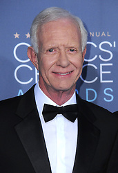"""Chesley """"Sully"""" Sullenberger  bei der Verleihung der 22. Critics' Choice Awards in Los Angeles / 111216"""
