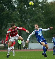 Fotball , <br /> Adeccoligaen  16  September  2007 , Gjemselund Stadion<br /> Kongsvinger  v  Molde  1-2<br /> <br /> Foto:Dagfinn Limoseth - Digitalsport<br /> <br /> Rune Ertsås , Molde og Kai Erik Ryen , Kongsvinger