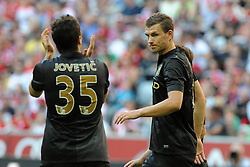 31.07.2013, Allianz Arena, Muenchen, Audi Cup 2013, Manchester City vs AC Milan, im Bild, Beifall von Stevan JOVETIC (Manchester City) an Edin DZEKO (Manchester City) nach dessen erneutem Tor. // during the Audi Cup 2013 match between Manchester City and AC Milan at the Allianz Arena, Munich, Germany on 2013/07/31. EXPA Pictures © 2013, PhotoCredit: EXPA/ Eibner/ Wolfgang Stuetzle<br /> <br /> ***** ATTENTION - OUT OF GER *****