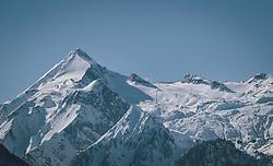 THEMENBILD - das Kitzsteinhorn das Gletscherskigebiet in Kaprun, aufgenommen am 13. Februar 2021 in Zell am See, Oesterreich // the Kitzsteinhorn the glacier ski area in Kaprun, in Zell am See, Austria on 2021/02/13. EXPA Pictures © 2021, PhotoCredit: EXPA/Stefanie Oberhauser