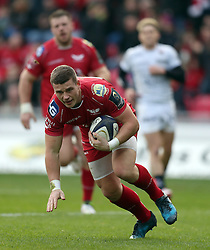 Scarlets' Scott Williams runs in to score the first try of the game during the European Champions Cup, pool three mach at Parc y Scarlets, Llanelli. PRESS ASSOCIATION Photo. Picture date: Sunday December 18, 2016. See PA story RUGBYU Scarlets. Photo credit should read: Andrew Matthews/PA Wire