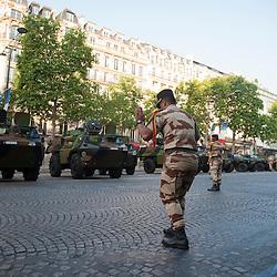 Parking de VAB de l'armée de terre sur l'avenue des Champs Elysées à l'occasion des célébrations de la fête nationale.<br /> 14 juillet 2013, Paris (75)