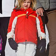 AUD/Lech/20110219 - Fotosessie Nederlandse Koninklijke Familie 2011 op wintersport in Lech, Alexia,