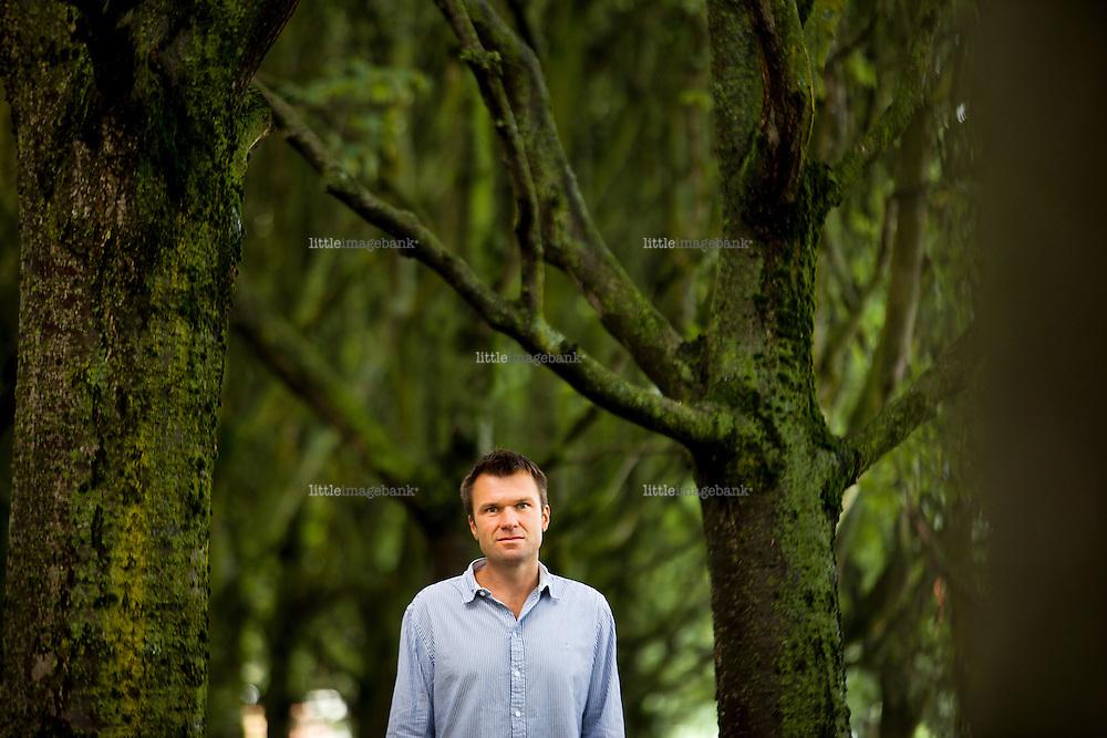 Oslo, Norge, 03.08.12.Torkel Brekke (født 7. mai 1970) er en norsk orientalist og professor i religionshistorie. Foto: Christopher Olssøn.