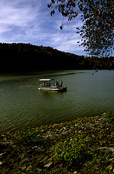 TN: Along the Tennesse River, Fall color, tnsmok202 .  Photo copyright Lee Foster, www.fostertravel.com, 510/549-2202, lee@fostertravel.com