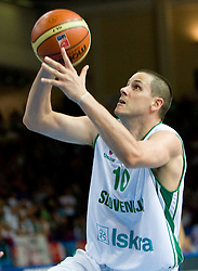 Bostjan Nachbar (10) of Slovenia during the basketball match at 1st Round of Eurobasket 2009 in Group C between Slovenia and Serbia, on September 08, 2009 in Arena Torwar, Warsaw, Poland. Slovenia won 84:76. (Photo by Vid Ponikvar / Sportida)