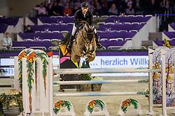 WOLF Cedric (GER), Louisville 5<br /> Frankfurt - Festhallen Reitturnier 2019<br /> Preis der Lufthansa Cargo AG<br /> 1. Qualifikation der Youngster Tour: Int. Zwei-Phasen-Springprüfung für 7-8 jährige Pferde (1,35m)<br /> 20. Dezember 2019<br /> © www.sportfotos-lafrentz.de/Stefan Lafrentz