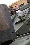 Feyenoord-selectie  krijgt maandag in Amersfoort een militaire training. Op uitnodiging van de Koninklijke Landmacht is de A-selectie een dag te gast op de Bernhardkazerne.<br /> <br /> Op de foto: Jordy Clasie
