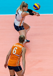 20-10-2018 JPN: Final World Championship Volleyball Women day 18, Yokohama<br /> China - Netherlands 3-0 / Kirsten Knip #1 of Netherlands