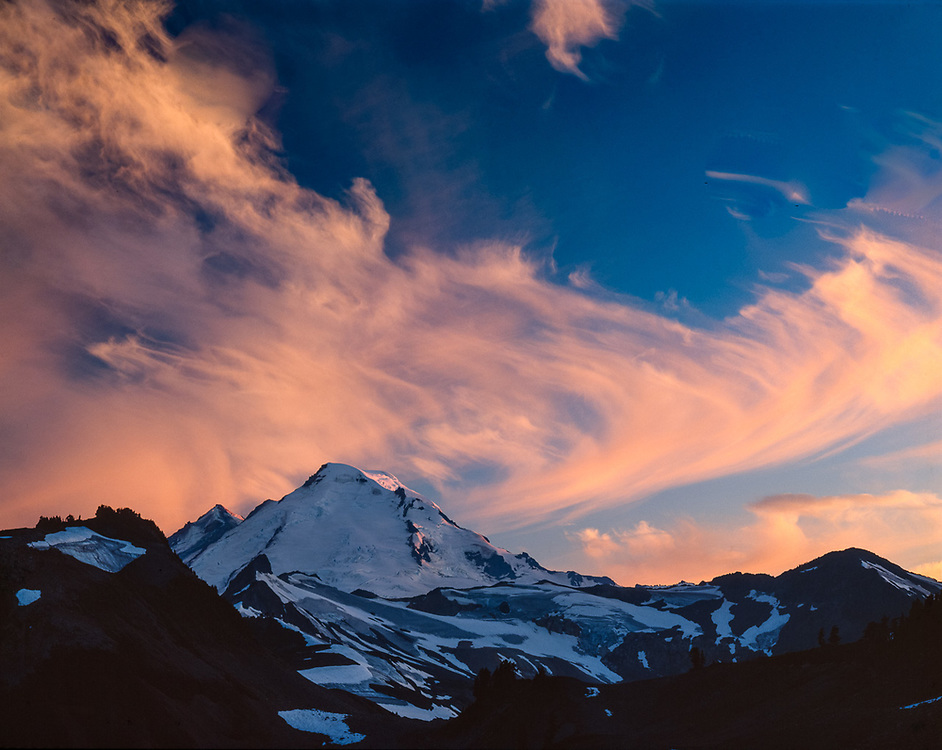 Evening view from Artist's Point, looking into the Mount Baker Wilderness, Washington, USA