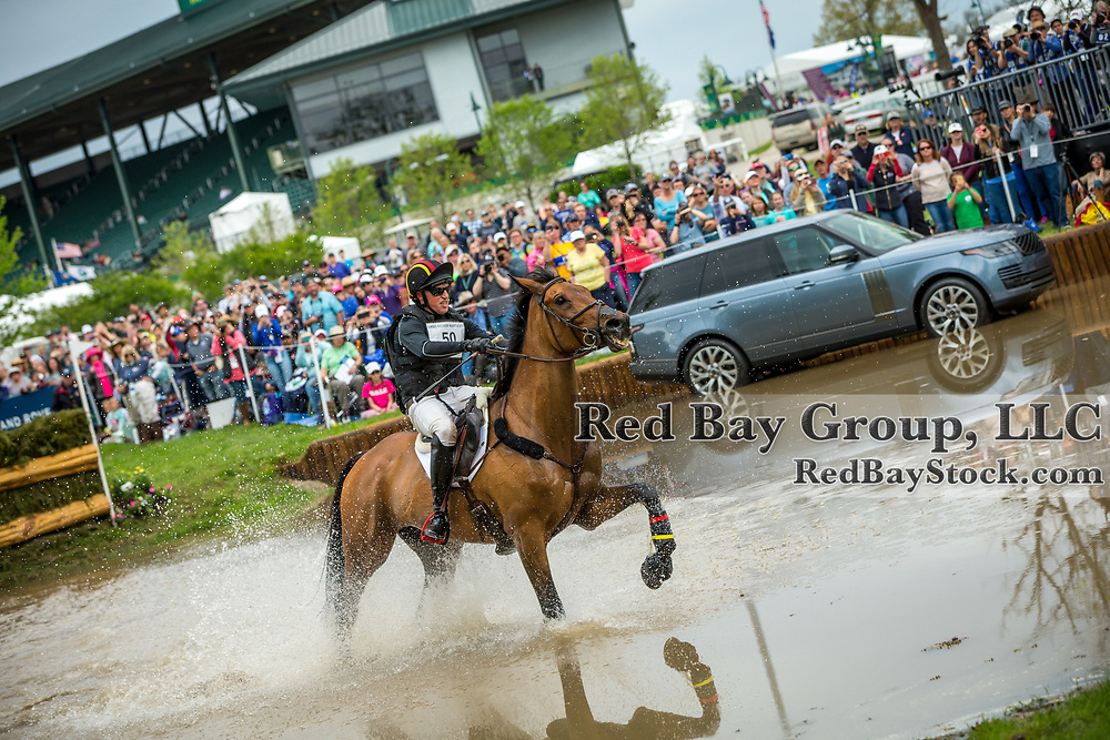 Doug Payne (USA) and Vandiver during the cross-country at the 2019 Land Rover Kentucky Three-Day Event presented by MARS EQUESTRIAN in Lexington, Kentucky