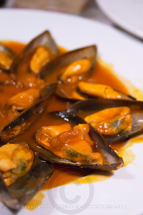 mussels in tomato sauce restaurant Imprenta Casado Leon spain castile and leon
