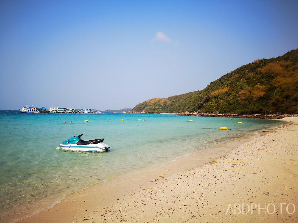 smacap_Bright koh larn pattaya thailand