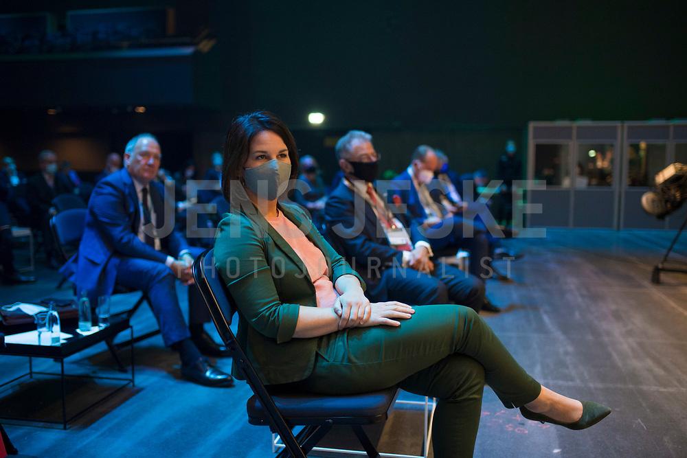 DEU, Deutschland, Germany, Berlin, 06.10.2020: Annalena Baerbock, Bundesvorsitzende von BÜNDNIS 90/DIE GRÜNEN, beim Tag der Industrie (TDI) des Bundesverbands der Deutschen Industrie (BDI) in der Verti Music Hall.