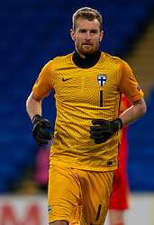 CARDIFF, WALES - Wednesday, November 18, 2020: Finland's goalkeeper Lukáš Hrádecký during the UEFA Nations League Group Stage League B Group 4 match between Wales and Finland at the Cardiff City Stadium. Wales won 3-1 and finished top of Group 4. (Pic by David Rawcliffe/Propaganda)