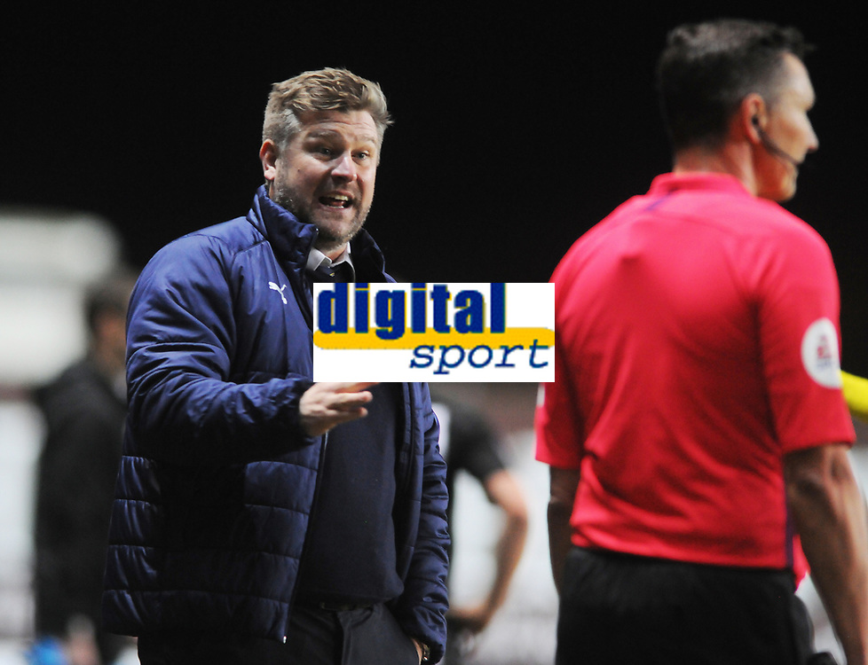 Football - 2019 / 2020 Emirates FA Cup - Fourth Round, Replay: Oxford United vs. Shrewsbury United<br /> <br /> The Oxford Manager,Karl Robinson argues with the linesman, at the Kassam Stadium (Grenoble Road).<br /> <br /> COLORSPORT/ANDREW COWIE