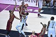 DESCRIZIONE : Bologna Lega A 2015-16 Obiettivo Lavoro Virtus Bologna - Umana Reyer Venezia<br /> GIOCATORE : Allan Ray<br /> CATEGORIA : Tiro<br /> SQUADRA : Obiettivo Lavoro Virtus Bologna<br /> EVENTO : Campionato Lega A 2015-2016<br /> GARA : Obiettivo Lavoro Virtus Bologna - Umana Reyer Venezia<br /> DATA : 04/10/2015<br /> SPORT : Pallacanestro<br /> AUTORE : Agenzia Ciamillo-Castoria/G.Ciamillo<br /> <br /> Galleria : Lega Basket A 2015-2016 <br /> Fotonotizia: Bologna Lega A 2015-16 Obiettivo Lavoro Virtus Bologna - Umana Reyer Venezia