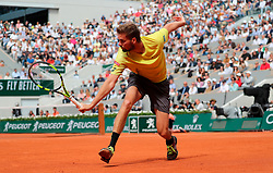 May 29, 2019: Paris, France: OSCAR OTTE of Germany plays against 3rd seeded Roger Federer of Switzerlandduring their second round match of the French Tennis Open at Roland Garros. Federer won 6-4, 6-3, 6-4. (Credit Image: © Judith White/ZUMA Wire)