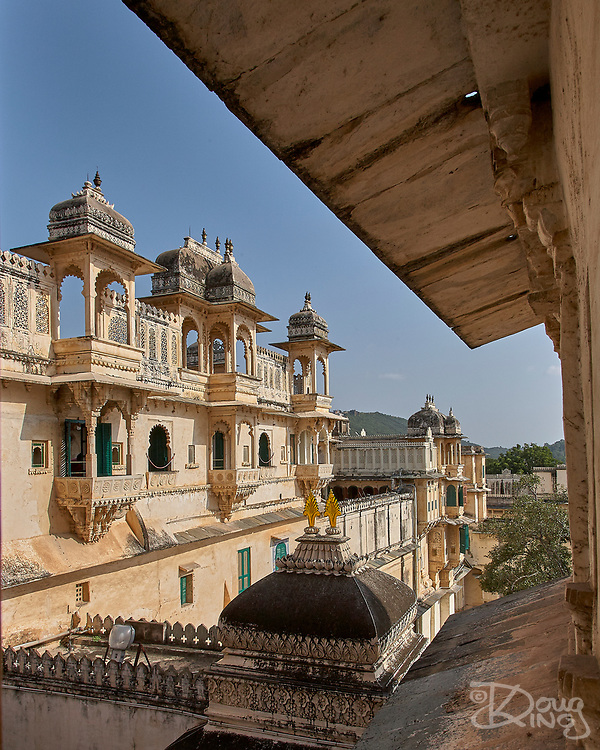 Elaborately carved turrets of the City Palace in Udaipur, Rajasthan, India <br /> <br /> Editorial & Non-Commercial use only