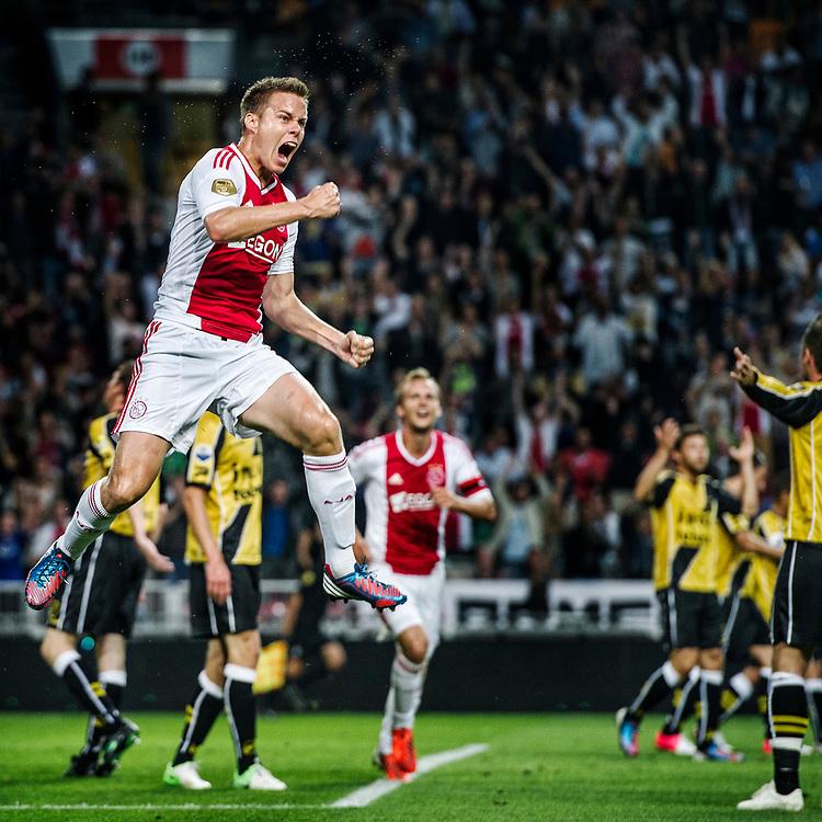 Nederland. Amsterdam, 25-08-2012. Foto: Patrick Post.  Ajax-Nac. Eindstand: 5-0. Niklas Moisander, net van AZ overgekomen, scoort de 2-0 in zijn eerste wedstrijd voor Ajax en viert dat uitbundig.