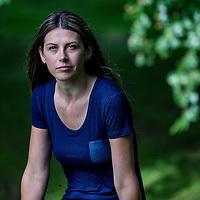 Nederland, Utrecht, 9 juli 2016.<br /> Alma Mustafic, van wie de vader door Dutchbat in 1995 van de compound werd gestuurd en in handen van het Bosnisch-Servische leger viel en werd vermoord.<br /> <br /> Foto: Jean-Pierre Jans