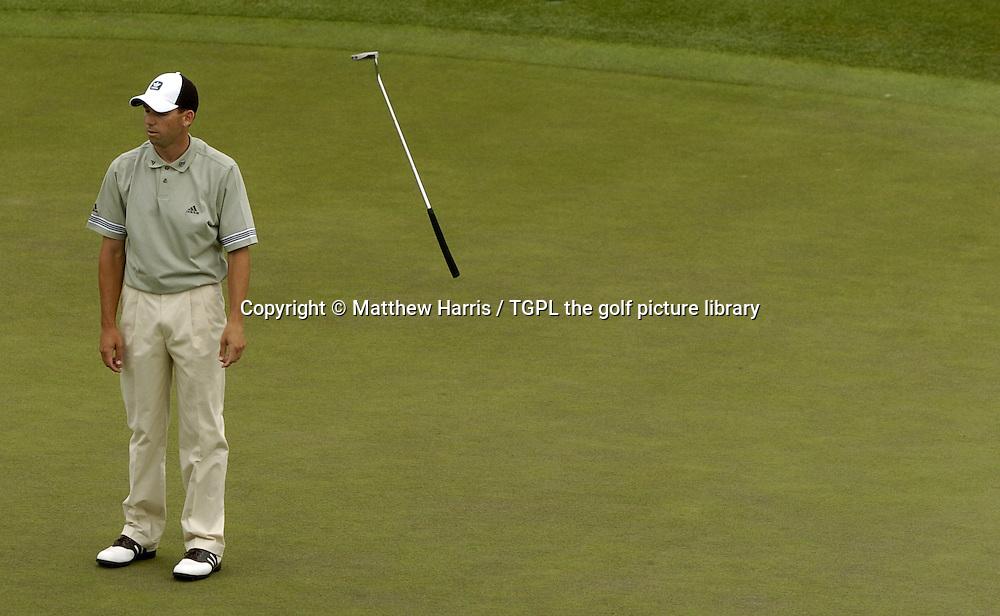 Sergio GARCIA (ESP) misses putt at 18th during fourth round US Masters 2004,Augusta National, Augusta, Georgia, USA.