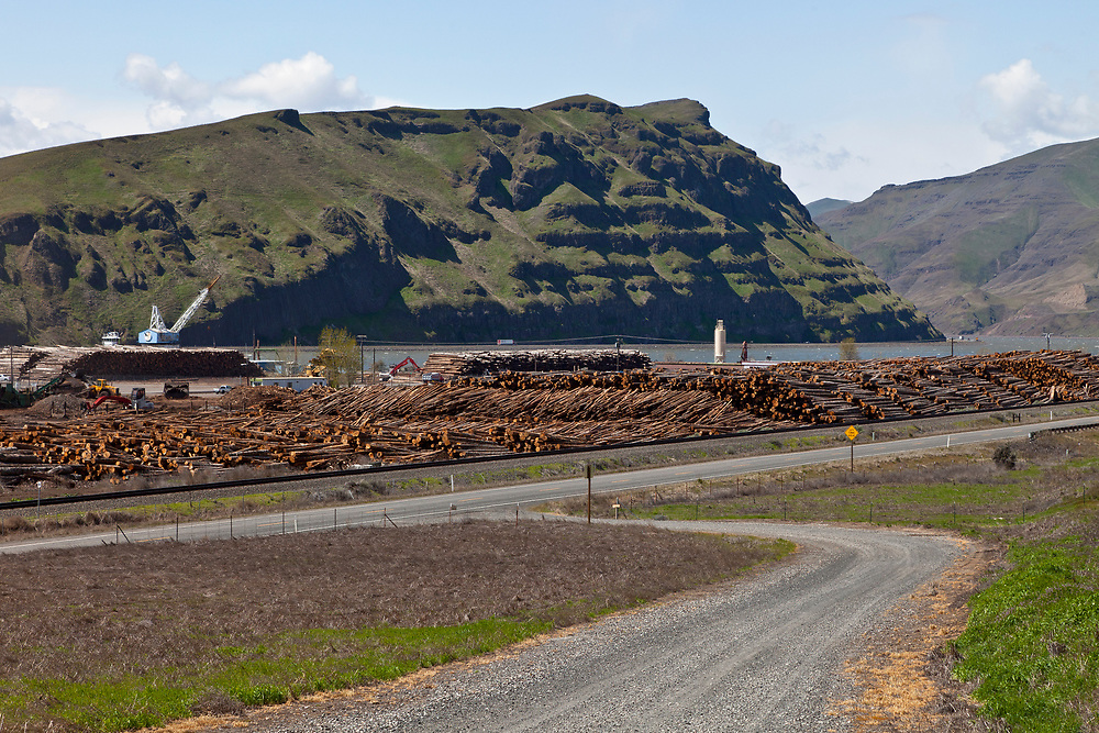 Logging operation ships logs and pulp down the Snake River from Lewiston Idaho - Clarkston, Washington eventually to the Pacific once the Snake joins the Columbia River at Tri-Cities WA